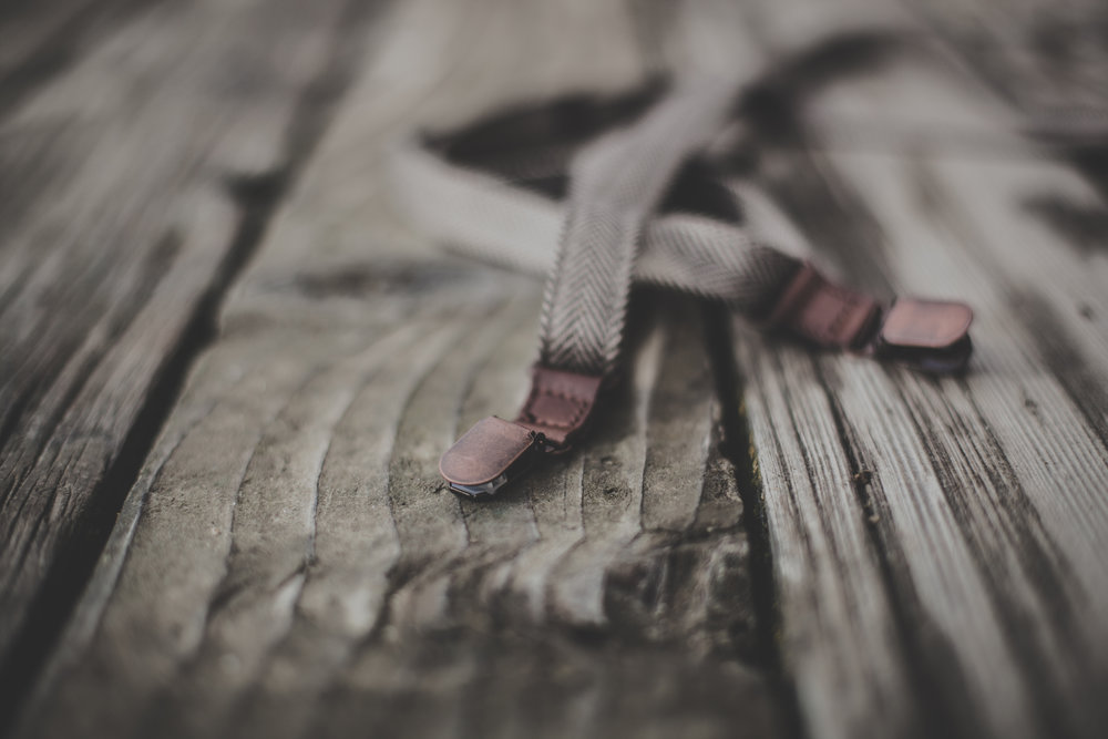 ©duston-todd-fashion-leather-suspenders-detail-wood.jpg