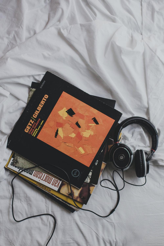 © duston-todd-lifestyle-getz-gilberto-record-headphonesjpg.jpg