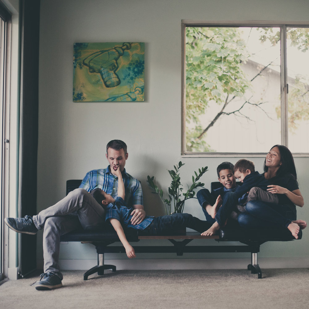 © duston-lifestyle-family-lounging-home.jpg