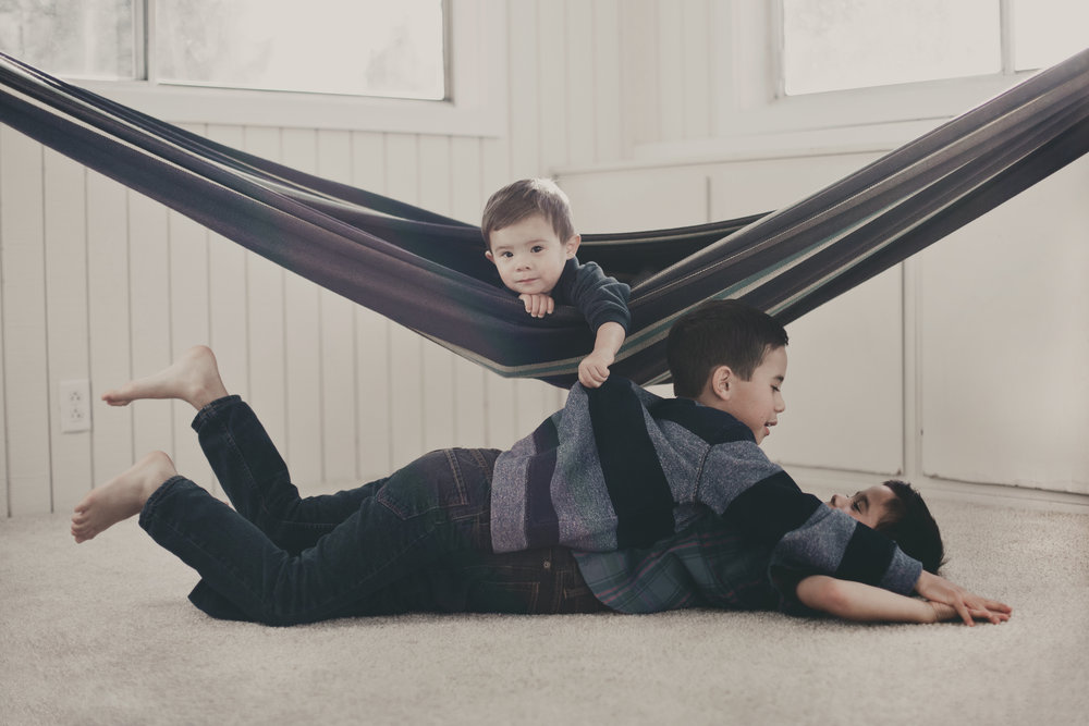 © duston-todd-lifestyle-siblings-hammock.jpg