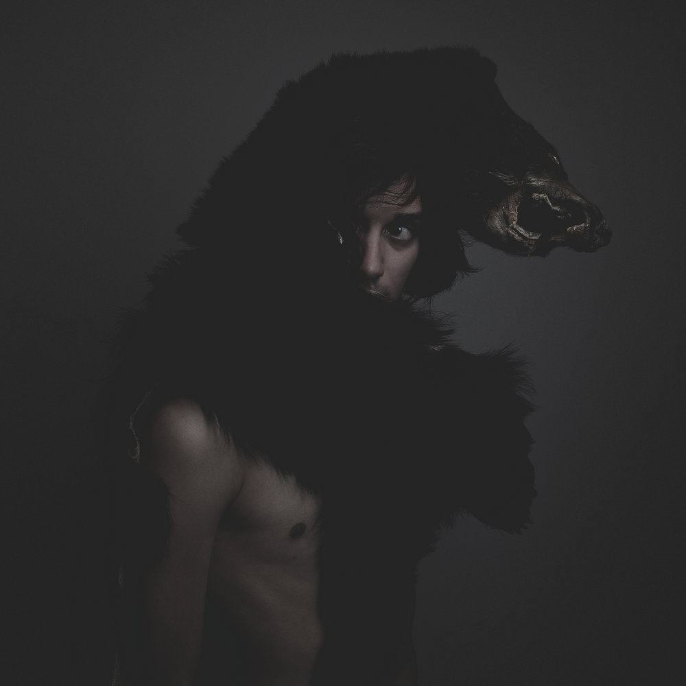 ©duston-portrait-dark-bear-man_.jpg