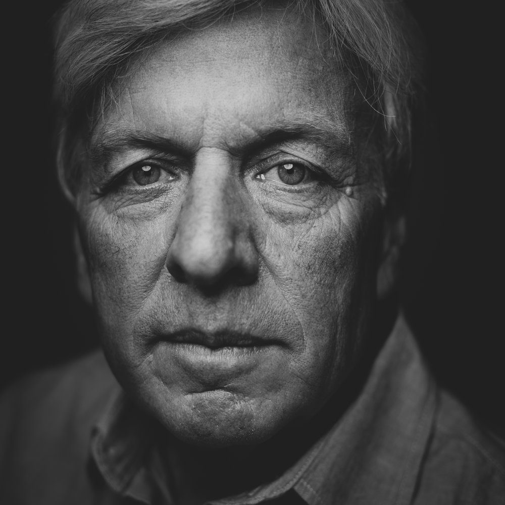 ©duston-todd-portrait-closeup-man-black-white.jpg