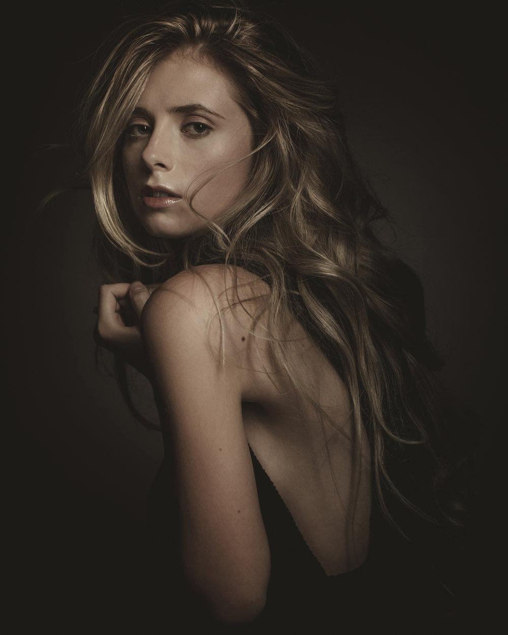 © duston-todd-beauty-women-fashion-jewelry.jpg