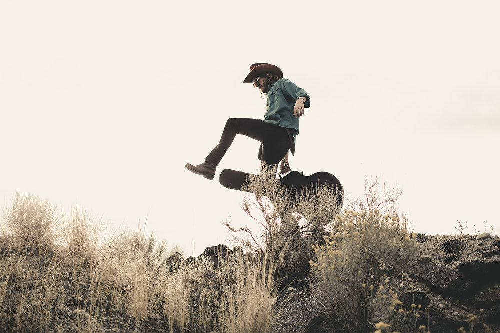 © duston–todd–country-cowboy–desert-guitar-gold-7.jpg