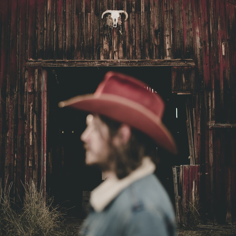 © duston–todd–country-cowboy–red-hat-1.jpg