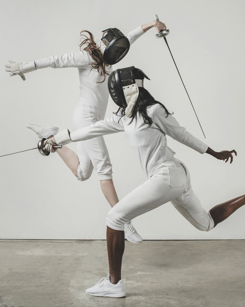 © duston todd fashion fencing women motion jump_002_.jpg