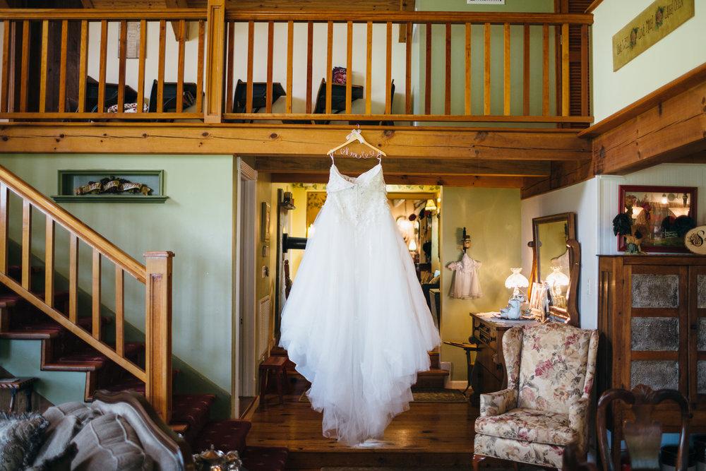 Sorella Farms_Lynchburg Wedding Photographer_Lynchburg Wedding Venue_Lynchburg Photographer-6.jpg