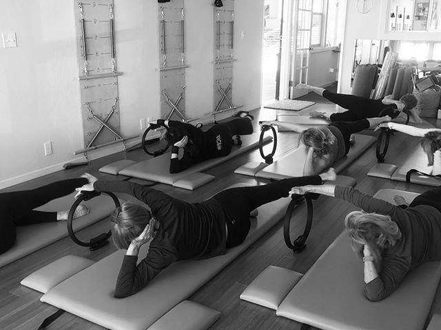 A little #magiccircle love on a sunny #pacificgrove morning. Want to come play with us? Sign up for a class on our website (link in bio) #pilates #pilateslove #pilatesmat #divedeep #monterey #carmelbythesea #carmel #seaside #santacruz
