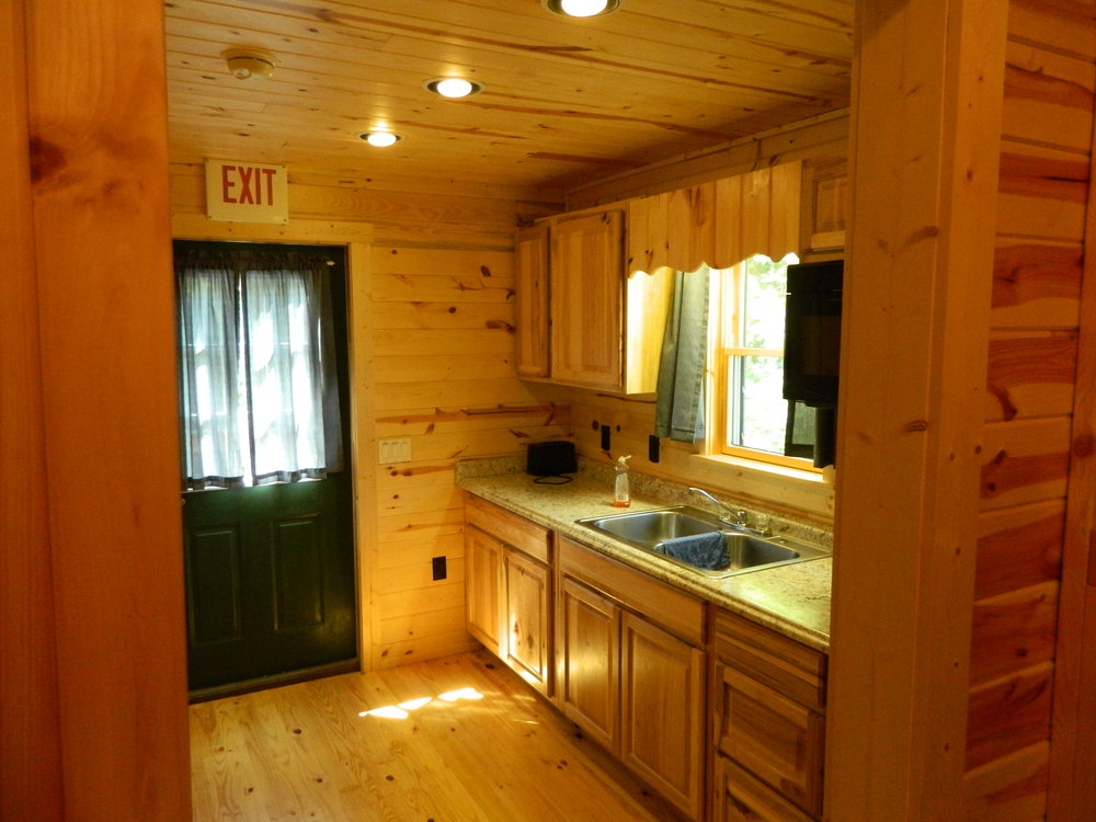 Hemlock Cabin with Rear Kitchen