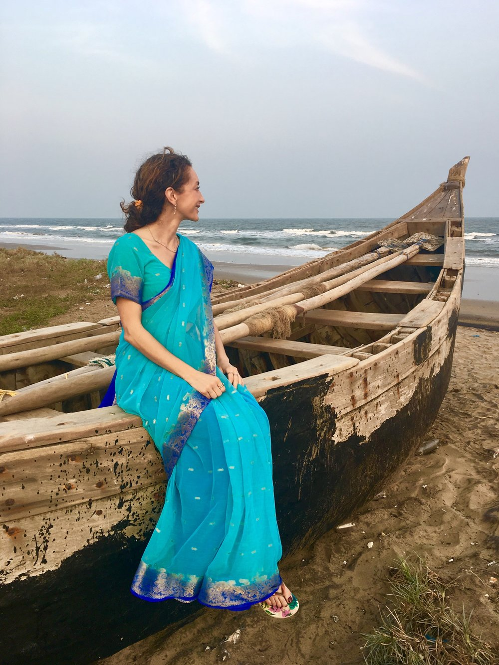 Bay of Bengal, in Sari
