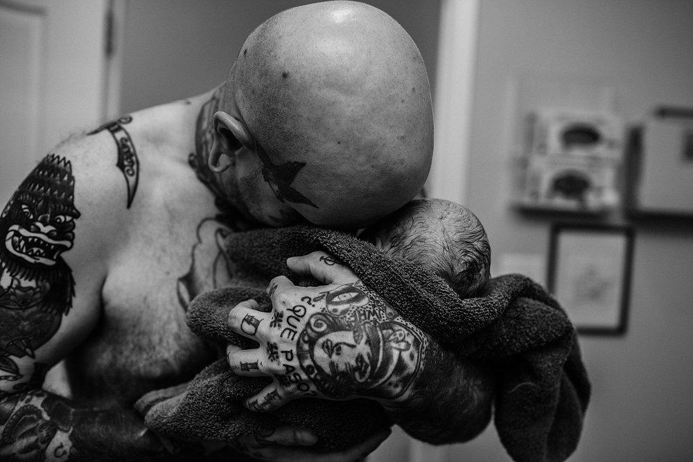 Otis-SAN-ANTONIO-Birth-PHOTOGRAPHER-196_WEB.jpg