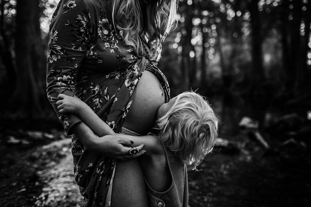 Shannon-San-Antonio-Maternity-Photographer-17_WEB.jpg