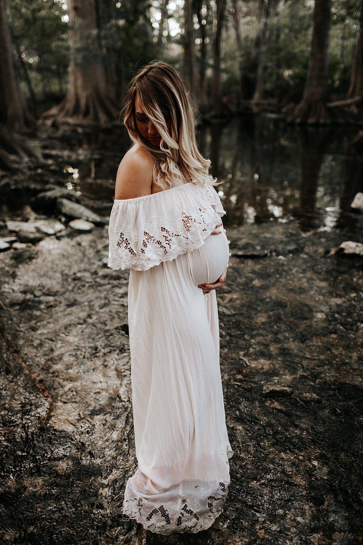 Shannon-San-Antonio-Maternity-Photographer-36_WEB.jpg