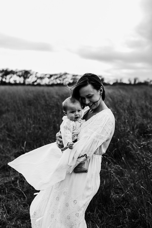Shelby-San-Antonio-Family-Photographer-32_WEB.jpg