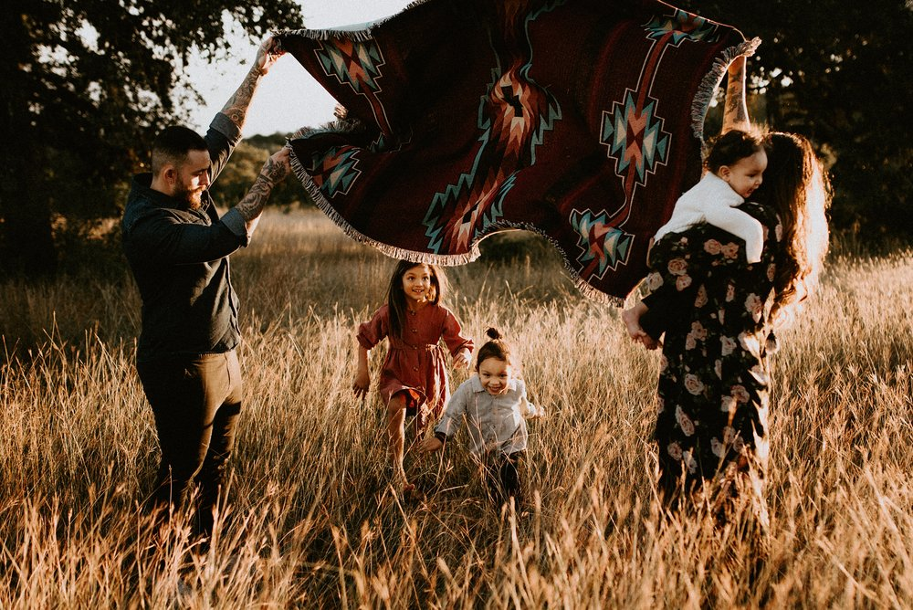 Mendez Family Session81_WEB.jpg