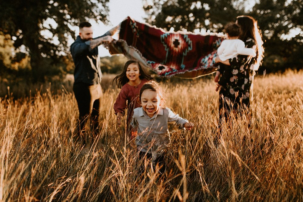 Mendez Family Session85_WEB.jpg