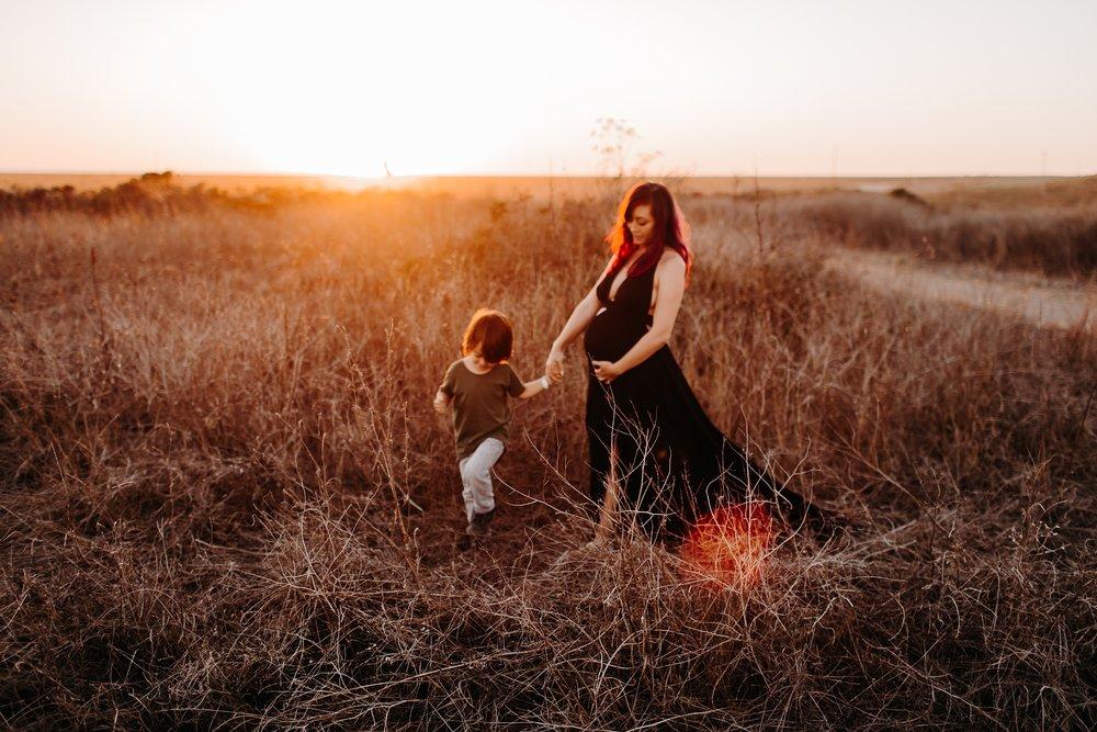 Bryanna-San-Antonio-Maternity-Photographer-82_WEB.jpg