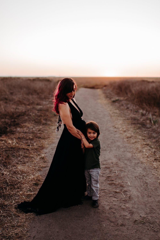 Bryanna-San-Antonio-Maternity-Photographer-106_WEB.jpg