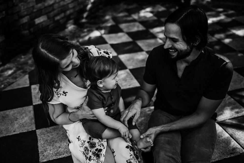 Young-San-Antonio-Family-Photographer-7_WEB.jpg
