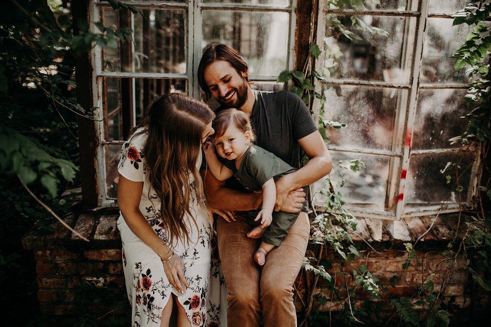 Young-San-Antonio-Family-Photographer-24_WEB.jpg