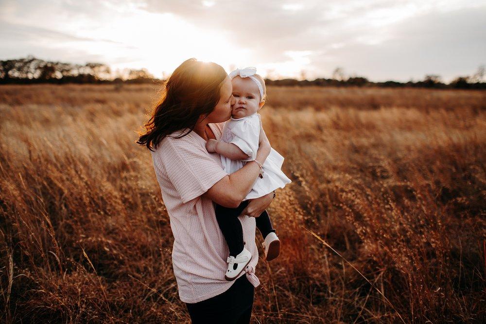 White-VMP-San-Antonio-Family-Photography-13_WEB.jpg
