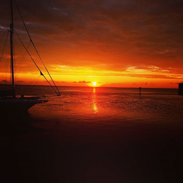 A sunset on South Padre #southpadre #lagunabob #nategrantband #nategrantmusic #independentartist nategrantmusic.com