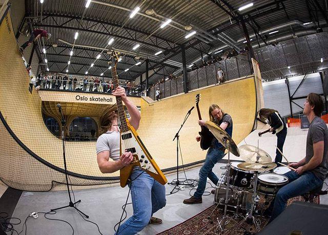 We played at a skate contest in @osloskatehall on Saturday. #concert #rock #live #skate #skateboard #vert #oslo #osloskatehall