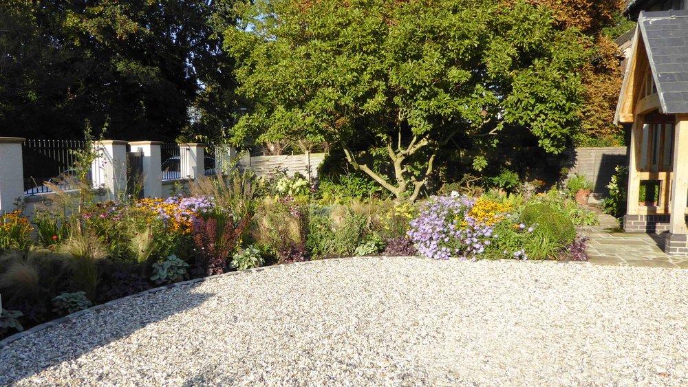 Cheshire Garden Design: The Sun and Shade Garden: Drive And Perennial Planted Border
