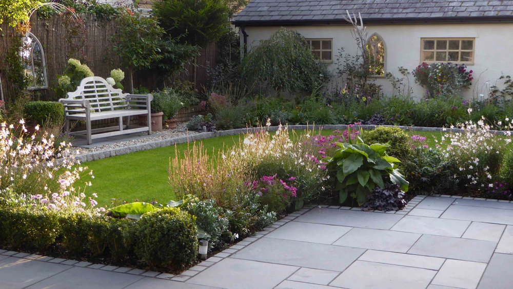 Cheshire Garden Design: The Sun And Shade Garden: Box Hedging and Perennial Borders