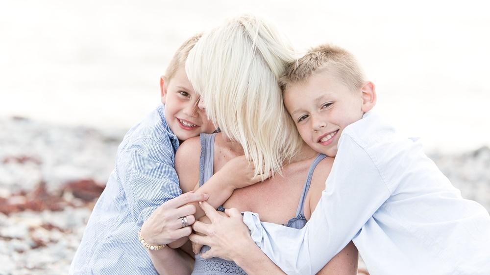 Familjefotografering med fotograf Fröken Foto Horred 2016 förstasidan bildspel (6).jpg