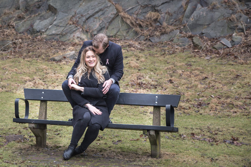 Jacob och Rosanna med bröllopsfotograf Fröken Foto Malin Richardsson Göteborg (2)madeleine.jpg