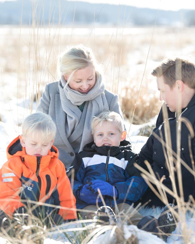 Familjebilder, Horred feb 2018 bröllopsfotograf Fröken Foto Malin Richardsson (11) bloggmadeleine.jpg