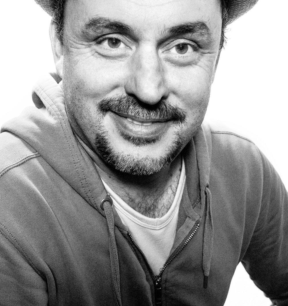 Denis Rochard , photographe et réalisateur (groupe artistique Alice de Nantes).