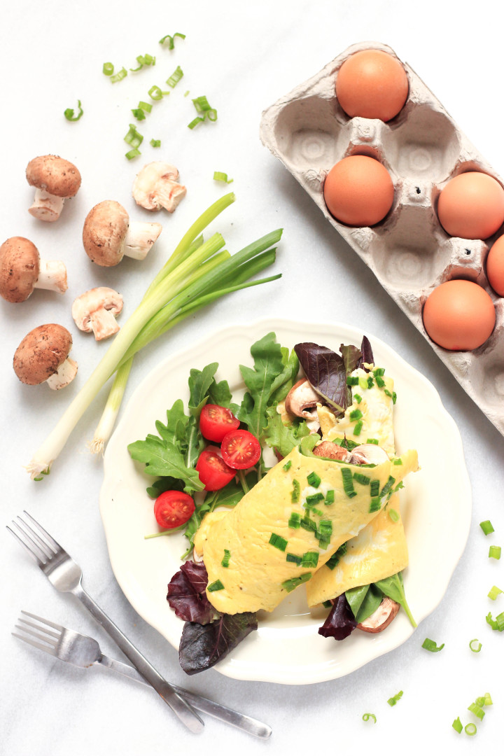 Omelet Wraps with Spinach, Lettuce & Mushrooms_TS.jpg