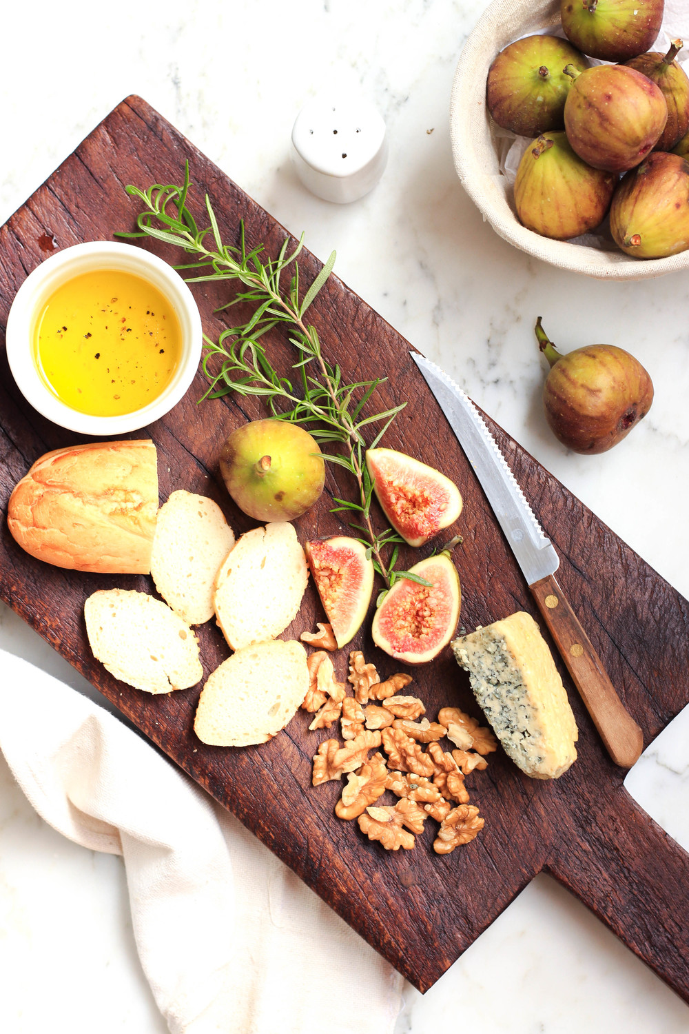 Fig, Blue Cheese, Walnut and Olive Oil Platter.jpg