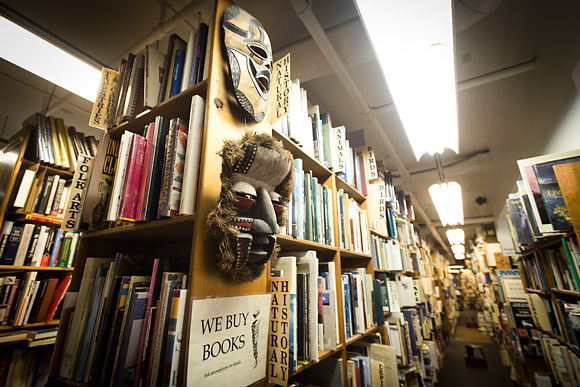 Wren on Dawn Treader Book Shop - Ann Arbor, MIAn amazing assortment of used and rare books, including many first editions!Last store purchase: several paperback OZ Books for a project I'm working on, including The Tin Woodman of Oz