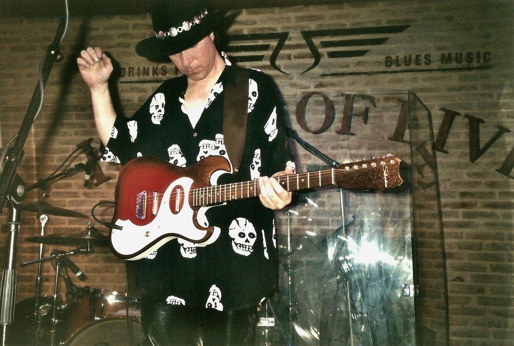 Gerry Joe Weise | vintage 1964 Silvertone guitar
