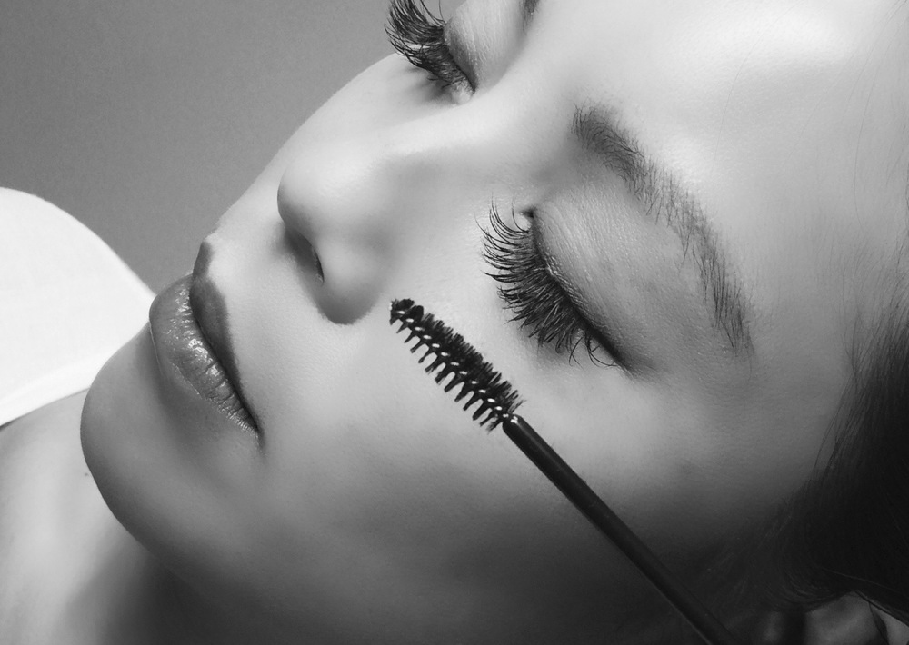 Lashes by Linda Myer