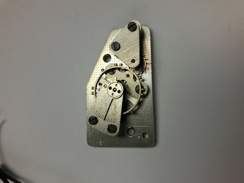 Not a very hi quality escapement .