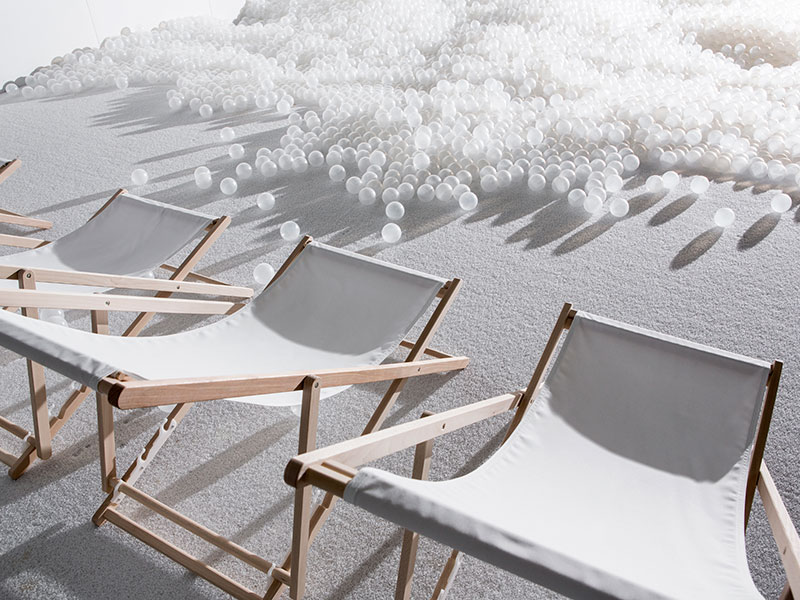 snarkitecture-the-beach-04-noah-kalina.jpg