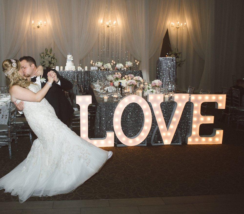 LOVE2 - Cariatti.jpg