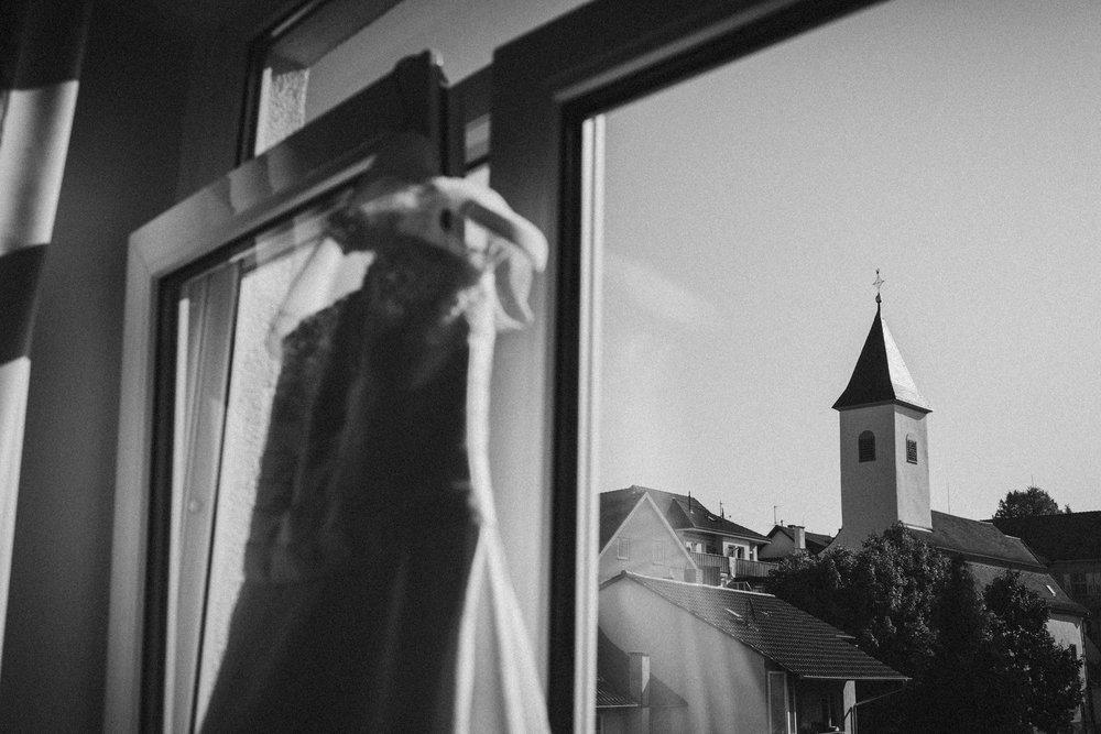 Hochzeitskleid in schwarz weiß