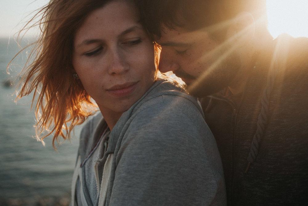 Hochzeitsfotografen Paar Lily und Lukas im Sonnenuntergang