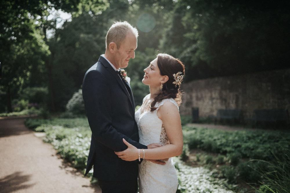 Brautpaar im Schlosspark Fulda