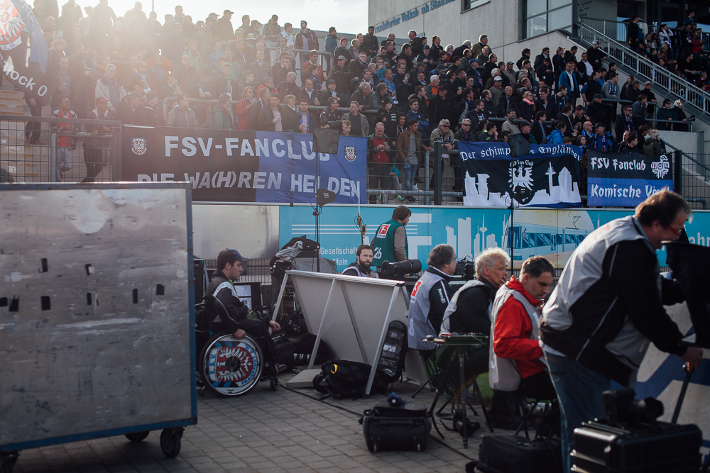 Besim Mazhiqi beim Auswärtsspiel des SC Paderborn gegen den FSV Frankfurt. Foto: Patrick Pollmeier