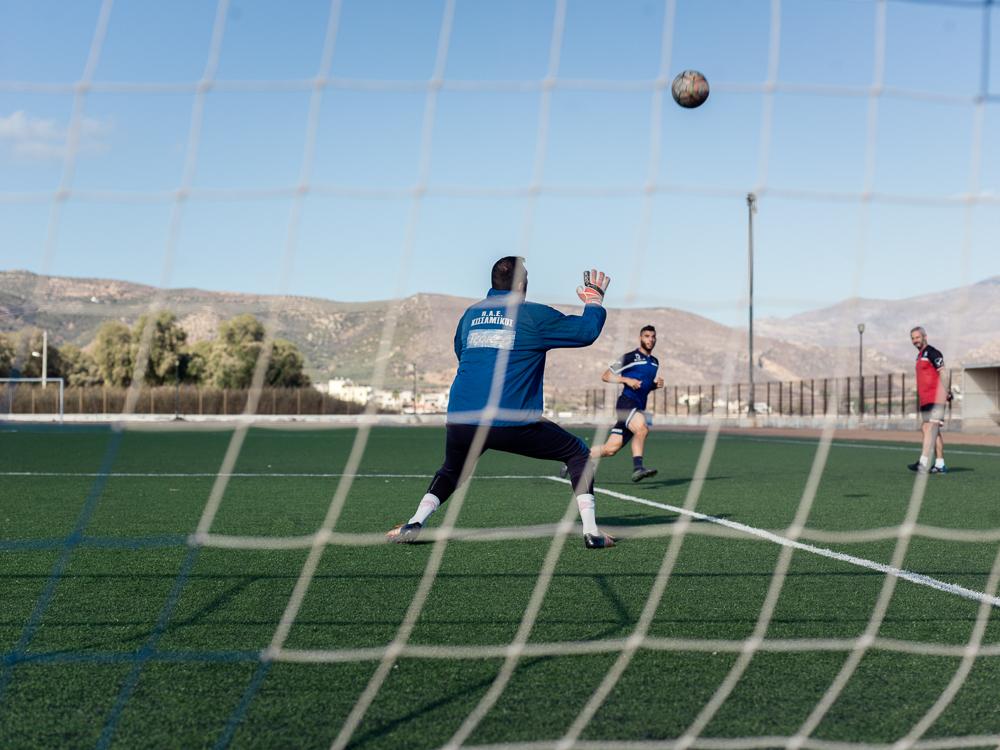 Auf dem Trainingsgelände des FC Kissamikos auf Kreta. Eine Fotoreportage des Trainingsalltags im griechischen Fußball.