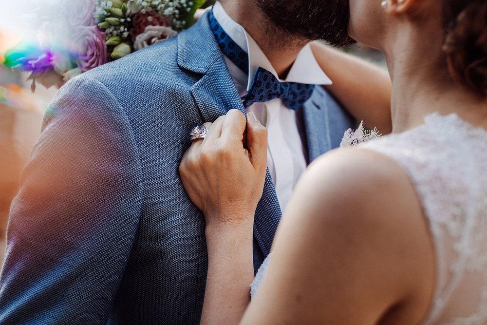 Hochzeitsfotgrafie: Freie Trauung an der Wassermühle