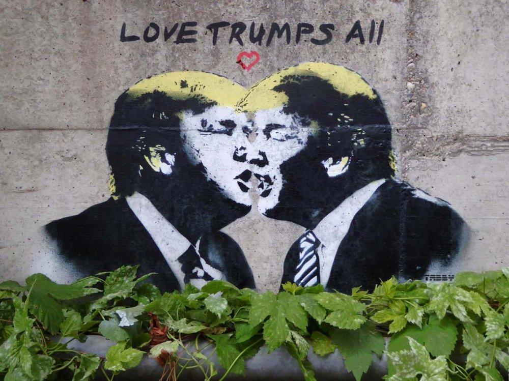 Donald Trump, Love Yourself