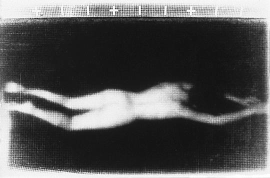 Rituels ( Le lieu ) n˚ 2  Épreuve à la gélatine argentique  20 x 25 cm