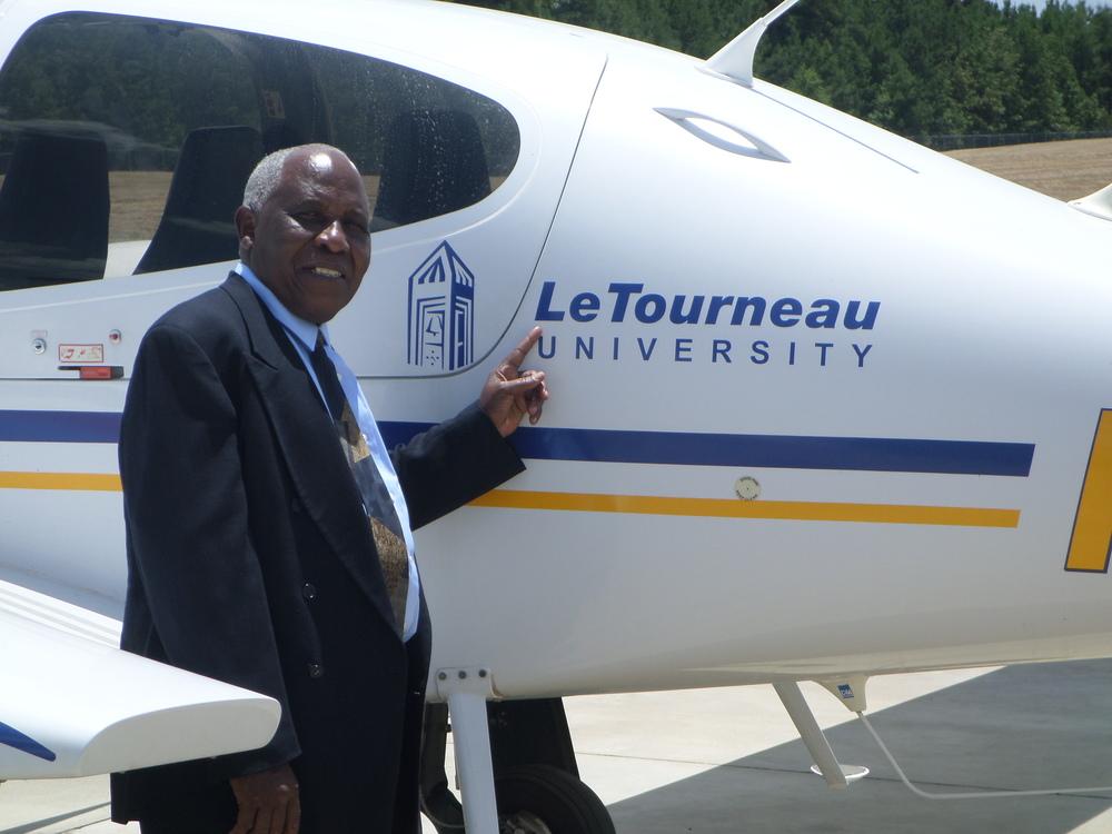 Elder Moses Jensen visit at the LeTourneau University in Texas